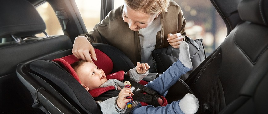 Car seat for children for rent